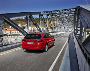 Auto roka kombi – Opel Astra ST