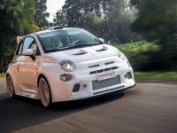 Romeo Ferraris Cinquone Qatar? Nadupaný a luxusný Fiat 500 aj s pohármi na šampanské